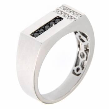 Золотой перстень с бриллиантами